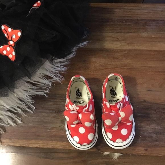 Vans Other - Van's X Minnie bow sneakers 2T